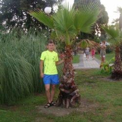 Молодой парень ищет партнершу для хорошего секса в Воронеже.