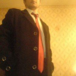 Молодой парень ищет девушку или женщину для секса в Воронеже