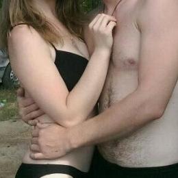 Семейная пара в поиске девушки в Воронеже для отношений, общения и секса